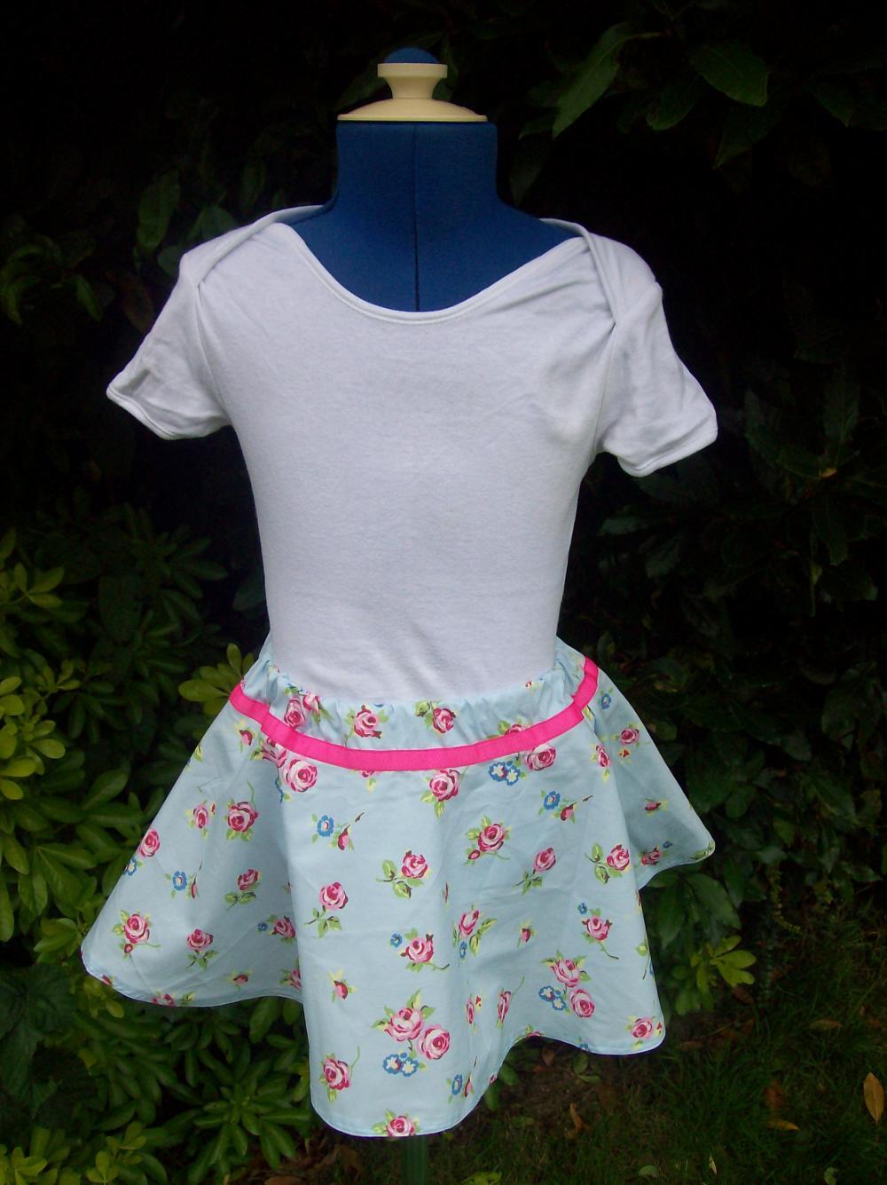 Girls blue floral twirly full skirt